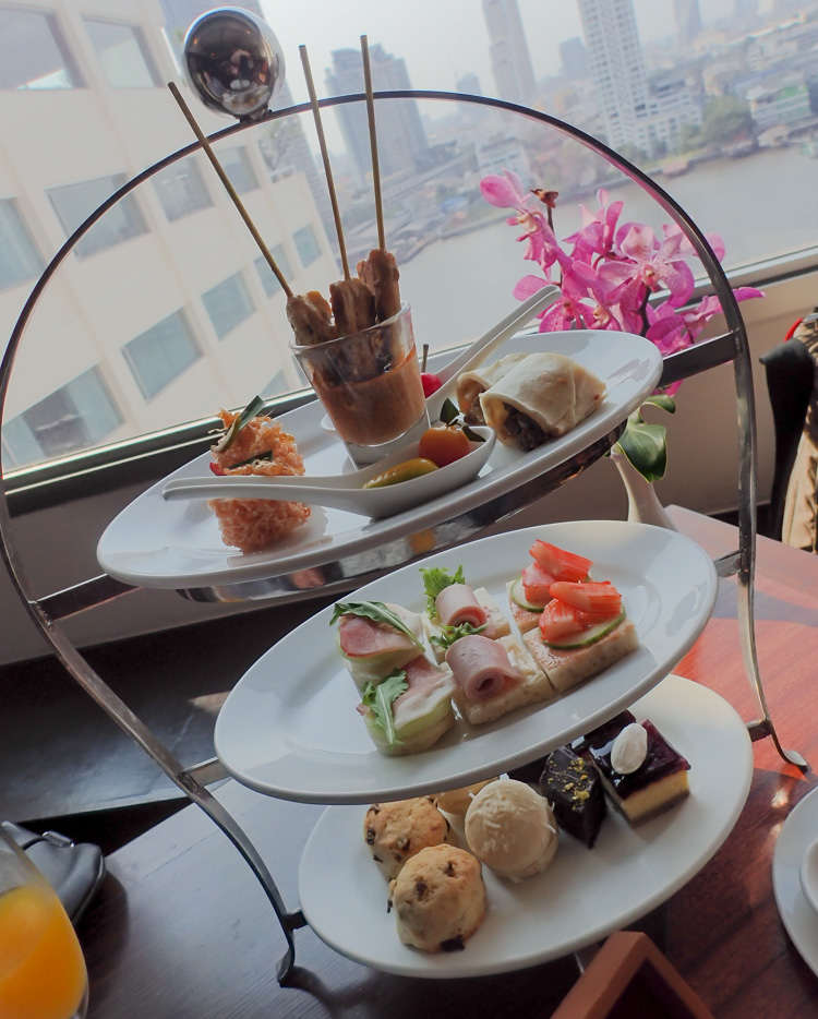 Bangkok Afternoon Tea with River View