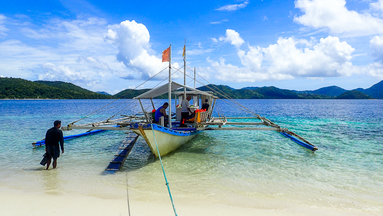Island Hopping Philippines Boat