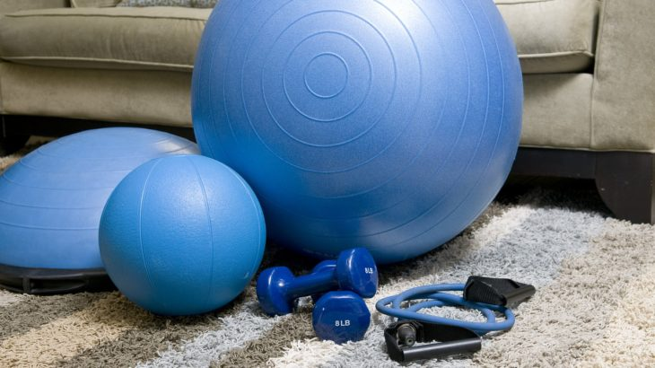fitness equipment and resistance band
