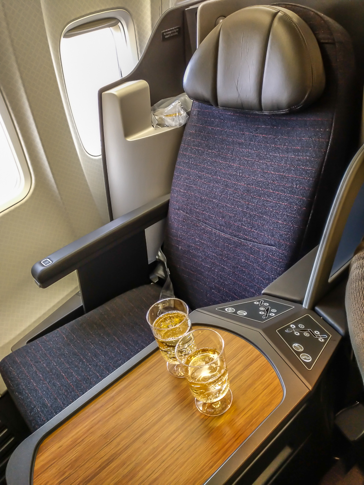 New American airlines 757 business class seat