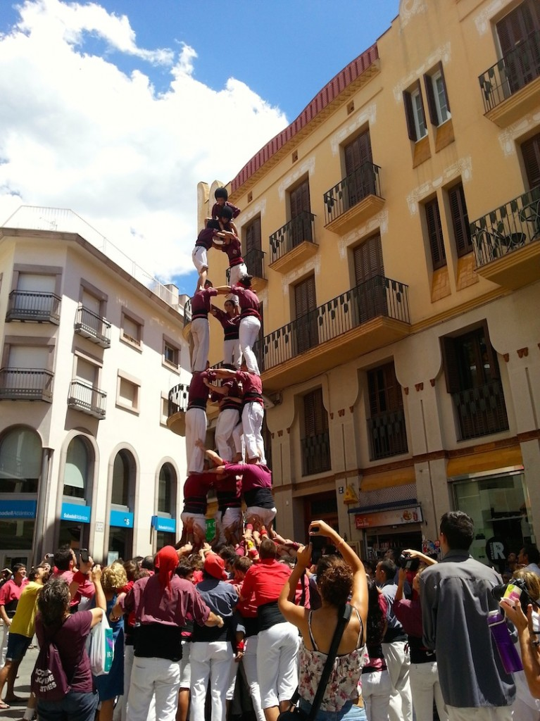 Castellers - completed tower