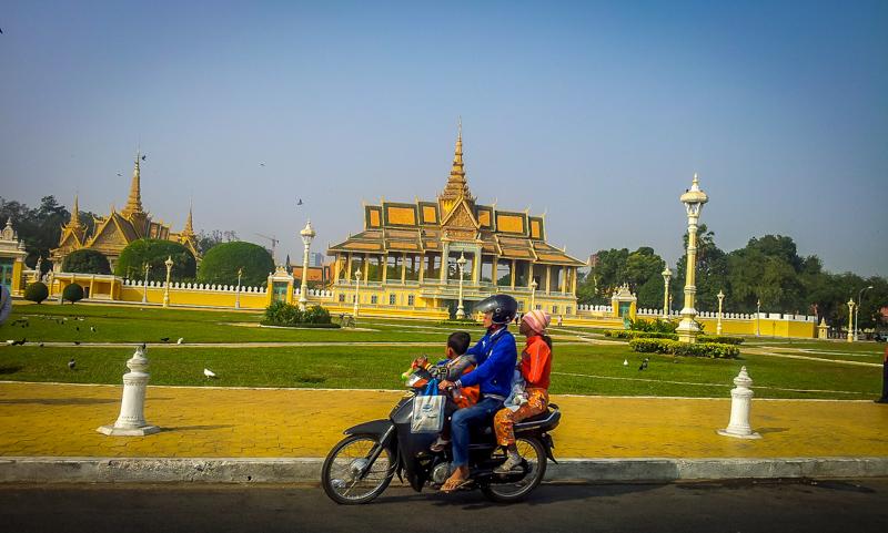 Phnom Penh mit dem Moped - Kambodscha Reiseroute