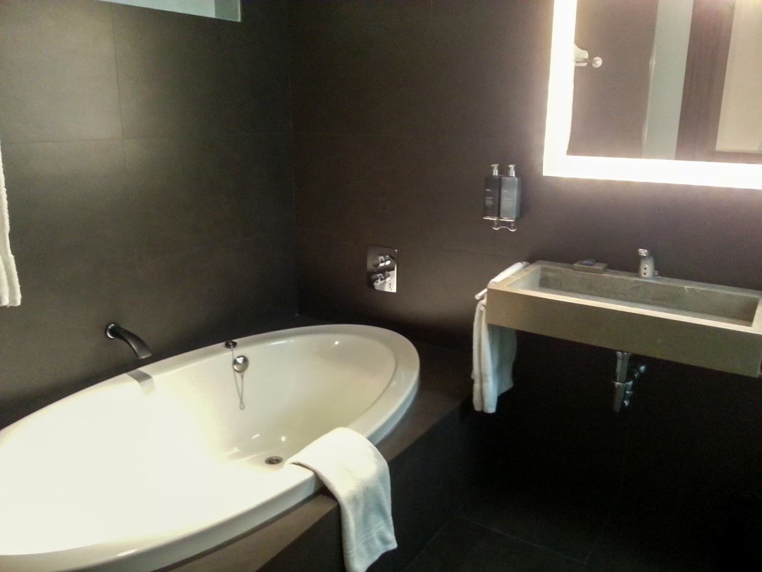 Hostal Spa Empuries Costa Brava - Bathroom