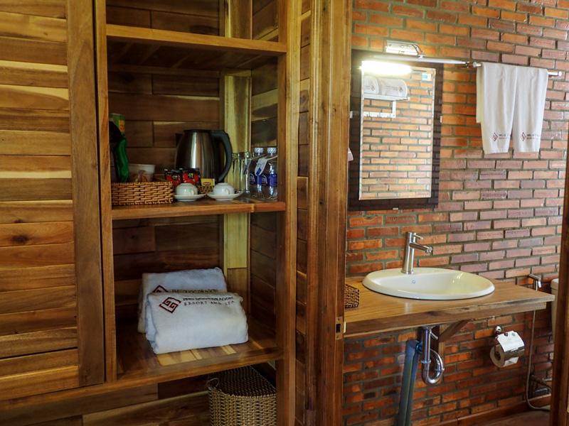 Phu Quoc Dragon Hotel Room