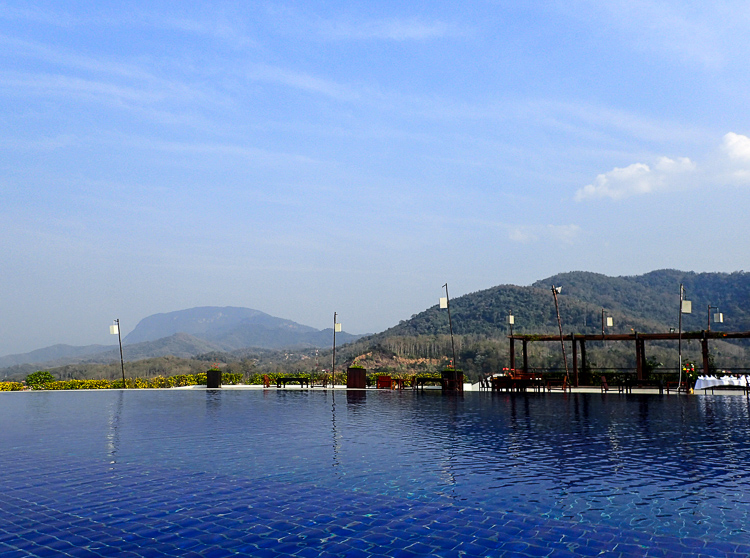 Luang Prabang View Hotel Pool View Mountains