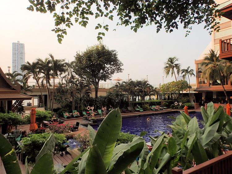Riverside Hotel Bangkok Pool and Gardens