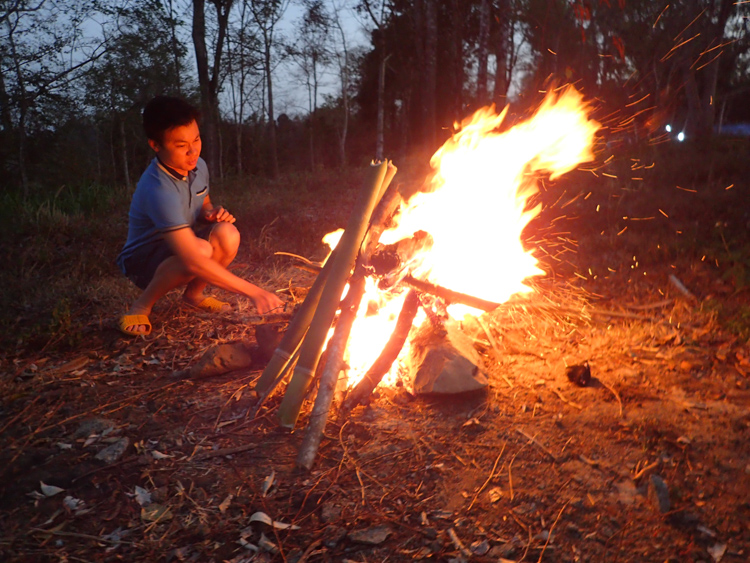 Easy rider guide lighting fire