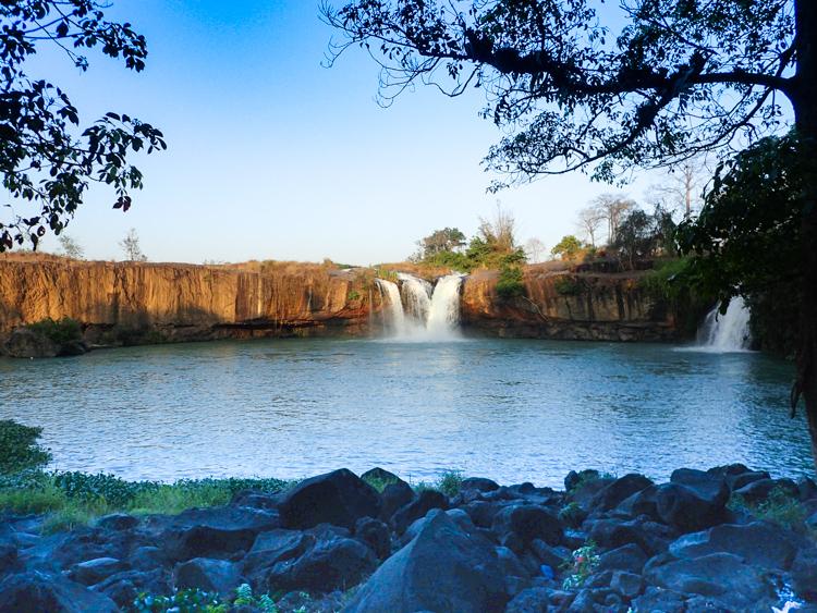 Dry Sap Waterfall Vietnam