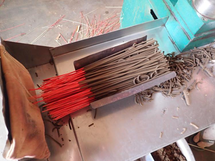 A box of freshly made incense sticks