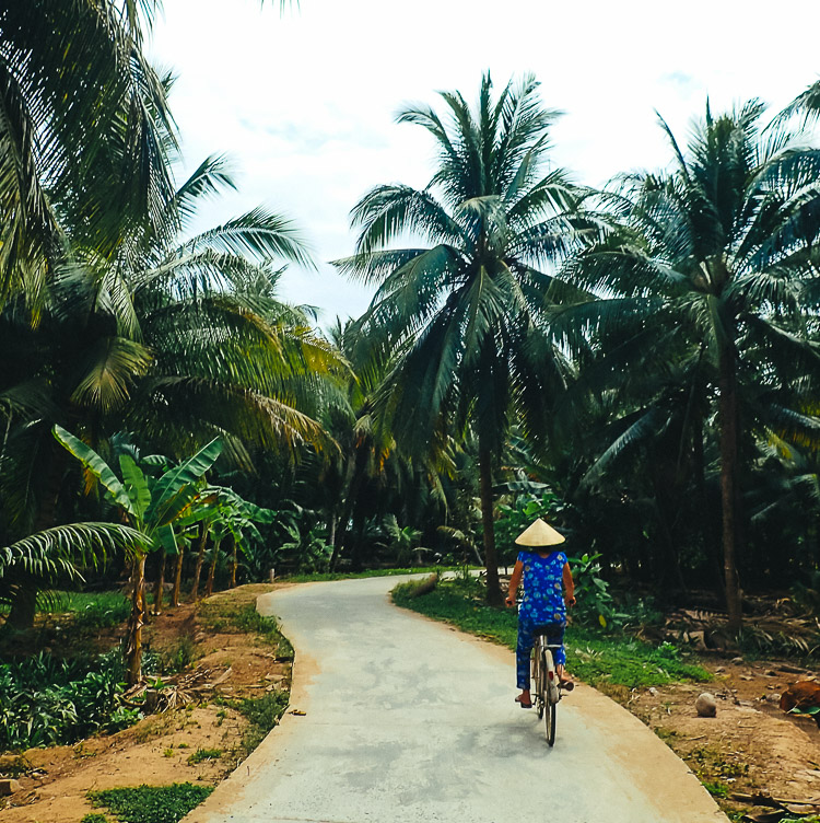 Cycling in Ben Tre
