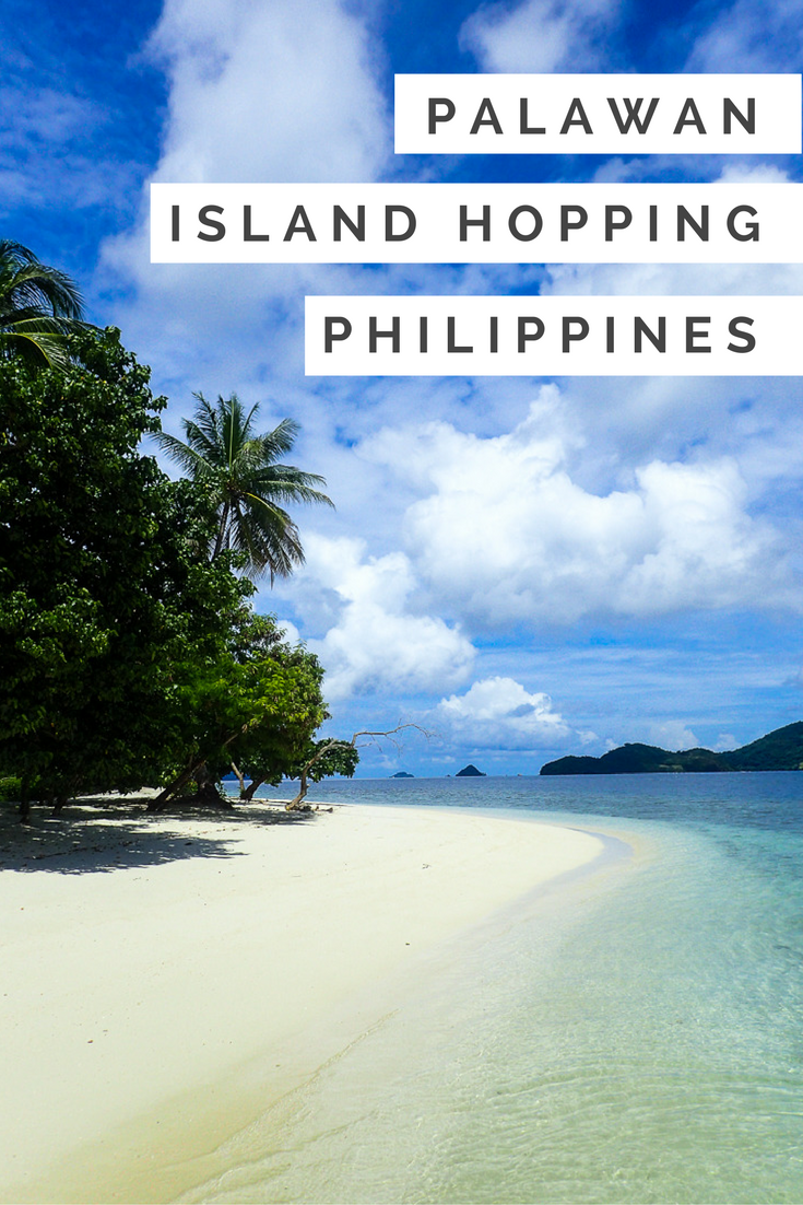 Island hopping in Palawan, Philippines is a bucketlist adventure! Click for 30+ photos of this stunning island region.