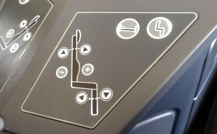 AA 757 business class seats